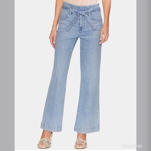 NWT Vince Camuto Tie High Waist Wide Leg Jeans